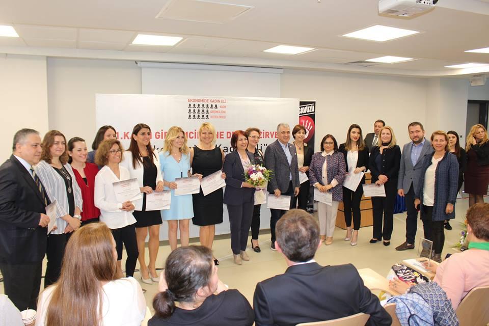 MHGF Başkan Yardımcısı Mukaddes Başkaya'ya Kadın Girişimcilik ödülü