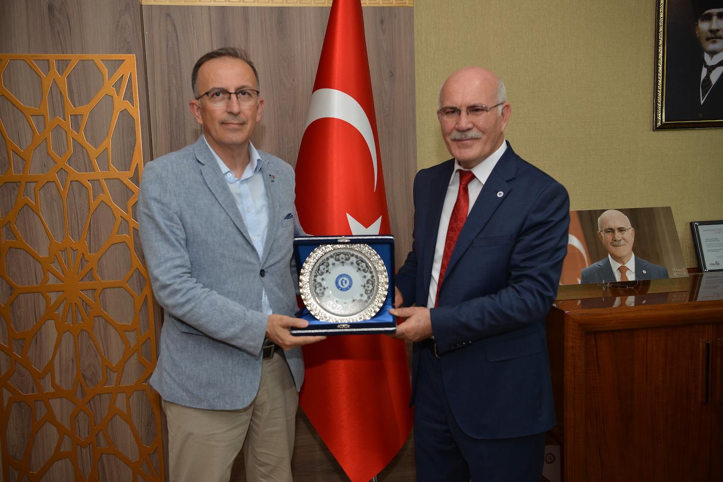 MHGF ve Uşak Üniversitesi arasında Üniversite-Sanayi İşbirliği